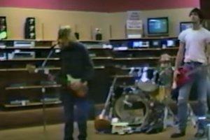 Раритет: в сеть выложили редкое видео Nirvana 1988 года