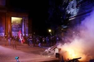 В Гамбурге при столкновениях с демонстрантами ранили 76 полицейских
