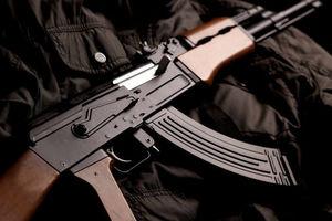 В Днепре мужчина открыл стрельбу из автомата