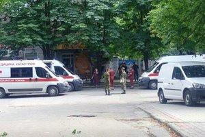 В центре Луганска прогремели два взрыва