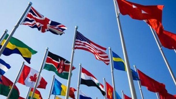 Рукопожатия ипротесты: 1-ый  день саммита G20 вГамбурге