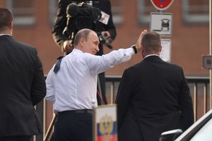 Putin was an hour late for the evening for G20 leaders