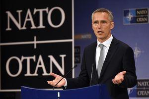 Генсек НАТО летит в Украину
