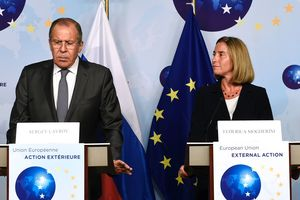 Могерини и Лавров обсудили ситуацию на  Донбассе