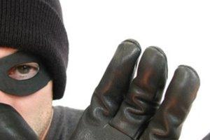"""Опасные """"гости"""": в Киеве мошенники массово идут на """"охоту"""" в квартиры"""