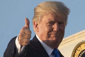Белый дом рассмешили попытки демократов устроить импичмент Трампу