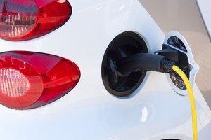 Украина может выйти на мировой рынок электромобилей - Омелян
