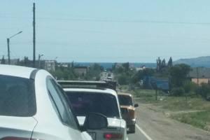Сеть шокировали гигантские пробки в Крыму
