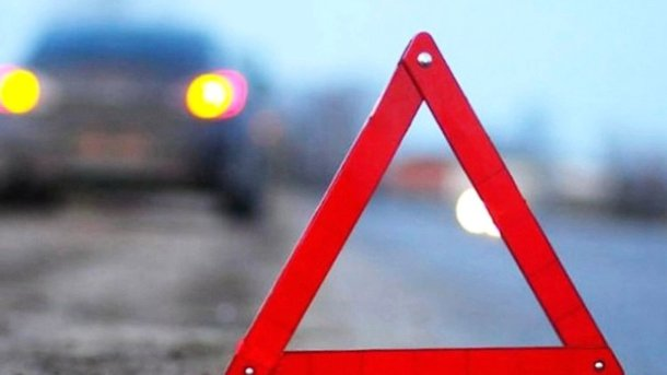 Жуткое ДТП под Чугуевом: шофёр умер наместе