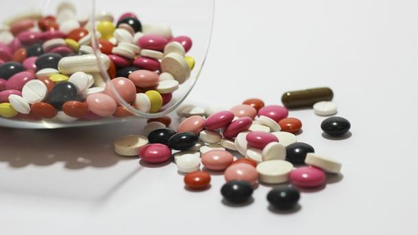 Школьница наглоталась таблеток, чтобы неехать вдеревню. Девушка вреанимации