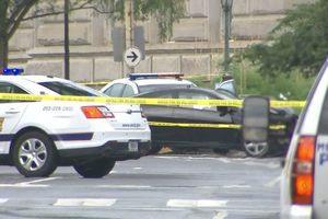 Автомобиль врезался в полицейскую машину у здания Конгресса США