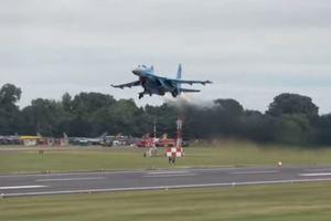 Українські льотчики показали клас у Британії: опубліковано відео