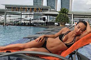 """""""Идеальная девушка"""": жену украинского футболиста забросали комплиментами за фото в купальнике"""