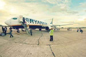 """Заход Ryanair в """"Гостомель"""" дорого обойдется Украине - эксперты"""