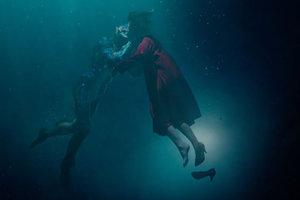 Вышел трейлер нового фильма Гильермо дель Торо о любви девушки и монстра