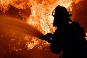 В Харькове во время пожара в киоске погиб мужчина