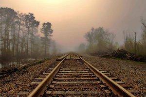 Под Киевом женщина погибла под колесами поезда из-за наушников