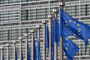 ЕС готовит ответные меры на санкции США против России - СМИ
