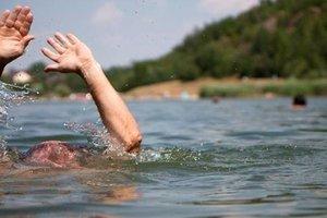 Во Львовской области за сутки утонули двое купальщиков