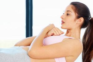 Как правильно и эффективно качать пресс в домашних условиях: комплекс упражнений и советы