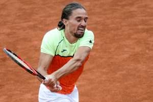 Лучший украинский теннисист вылетел из турнира в Гштаде после первого же матча