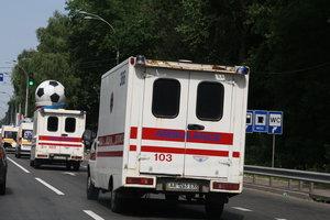 В Киеве мужчина выпал с шестого этажа и разбился насмерть