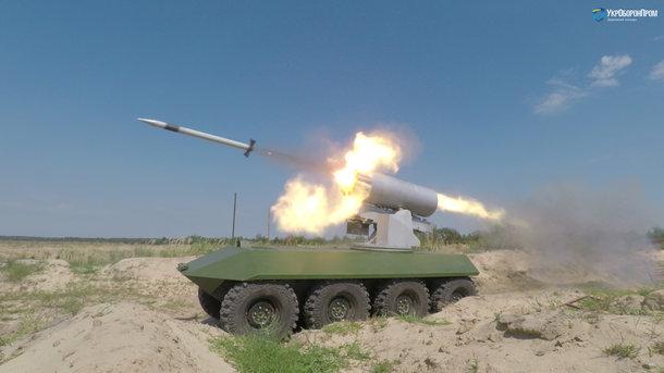 Размещено видео стрельб «мощного иэффективного» украинского беспилотного БТР