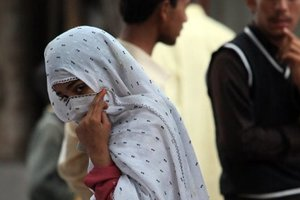 В Пакистане девушку изнасиловали по решению деревенского совета