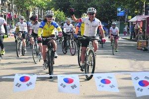 """""""Велокараван дружбы Украина — Корея"""" отправился в путешествие на 3000 км"""