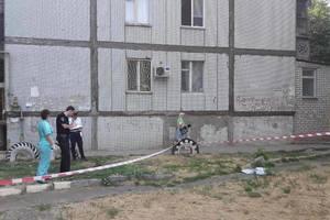 В Николаеве двухлетний мальчик погиб, выпав с девятого этажа