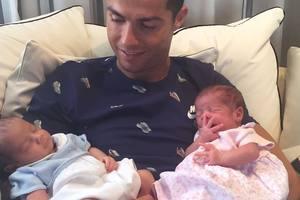 Криштиану Роналду планирует стать отцом семерых детей