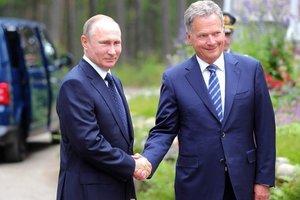 Президент Финляндии рассказал, о чем говорил с Путиным по Украине