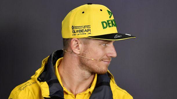 Феттель уверен, что гонщики будут биться запервое место вВенгрии