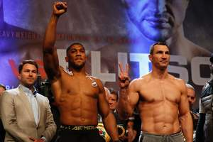 Победивший Кличко боксер Джошуа анонсировал громкую новость