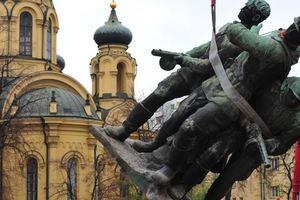 Россия готовит ответ на снос в Польше советских памятников – СМИ