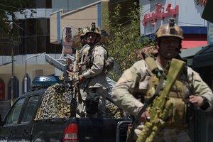 В Кабуле прогремел второй взрыв, идет бой