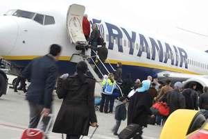 """Ryanair может временно летать из """"Борисполя"""" и """"Жулян"""" - Гройсман"""