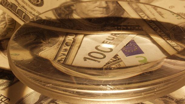 Официальный курс евро идоллара на 04.08.2017 растет