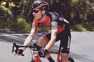 Бельгийский велогонщик получил множественные переломы и потерял три зуба при падении