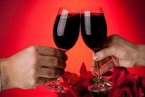 Американские ученые выяснили, что алкоголь поможет избавиться от лишнего веса