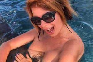 51-летняя певица Наталья Штурм шокировала голыми фото в Instagram