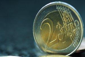 Курс евро в Украине взлетает все выше