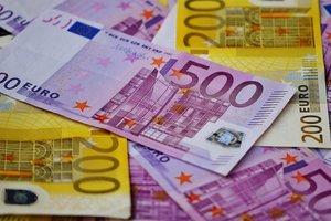 Курс евро в Украине снова подскочил