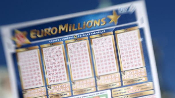 Выигрывший 50 млн фунтов англичанин так инезабрал свои деньги