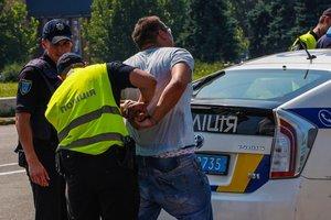 В Днепре водитель сбил патрульного
