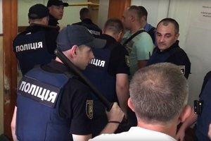Пациент устроил резню в психбольнице Львова: полиция пошла на штурм (видео 18+)