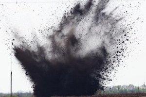 В Житомирской области двое мужчин пытались разобрать боеприпас и подорвались