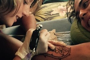 12-летний мальчик создает невероятные татуировки