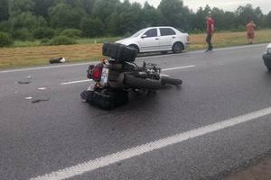 На трассе Киев-Чоп грузовик раздавил мотоциклиста