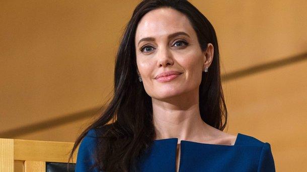 Здоровье Анджелины Джоли вызывает серьезные опасения ... анджелина джоли здоровье